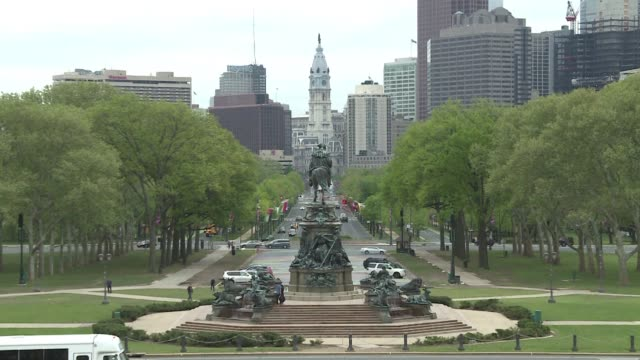 general shots of the us city of philadelphia including its skyline its historic district the liberty bell its murals and the museum of art - liberty bell stock videos & royalty-free footage