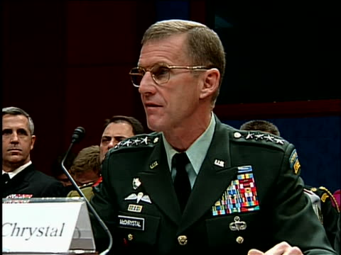 vidéos et rushes de general stanley mcchrystal, commander of the international security assistance force in afghanistan, reads a statement at house armed services... - united states and (politics or government)