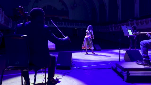 general view - live band at 'turn up london' at cadogan hall during 'turn up london' at cadogan hall on june 29, 2020 in london, england.captured... - ウェストエンド点の映像素材/bロール