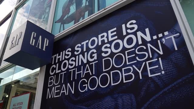 general view of a gap store on oxford street with store closing signs on july 29, 2021 in london, england. the gap clothing chain of shops announced... - greater london stock videos & royalty-free footage