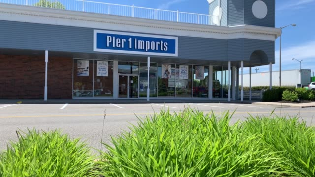general view of a shuttered pier 1 store on may 20, 2020 in freeport, new york. pier 1 announced yesterday that they are going out of business and... - pier stock videos & royalty-free footage