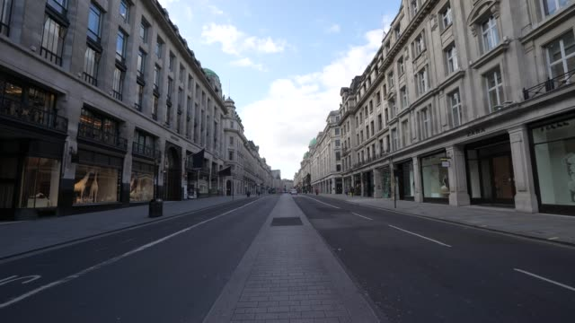 general view of an empty regent street during a weekday on march 31 2020 in london england like many other countries around the world the united... - lockdown stock videos & royalty-free footage