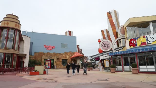 general view of disney stores at disney village area as disneyland paris joins disney parks closures amid coronavirus concerns on march 14, 2020 in... - disney stock videos & royalty-free footage