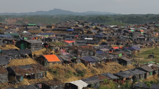 general view of hakimpara rohingya refugees camp in cox's bazar according to unhcr more than 7000 rohingya refugees have fled from myanmar rakhine... - cox basar stock-videos und b-roll-filmmaterial
