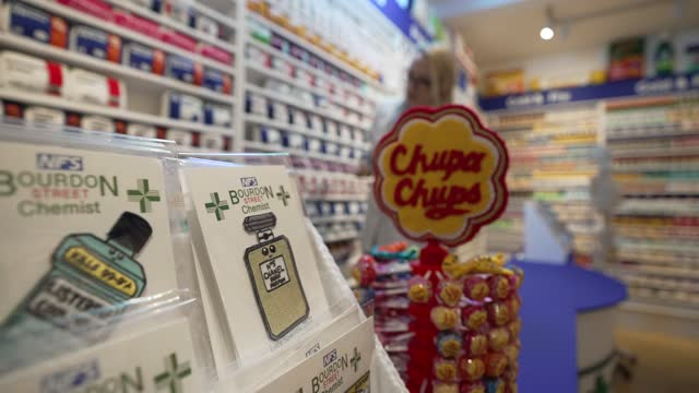GBR: Artist Lucy Sparrow recreates chemist shop made entirely from felt