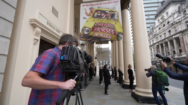 general view of outside theatre royal haymarket during the cast and crew from only fools and horses the musical protest on september 3, 2020 in... - theatre royal haymarket stock videos & royalty-free footage
