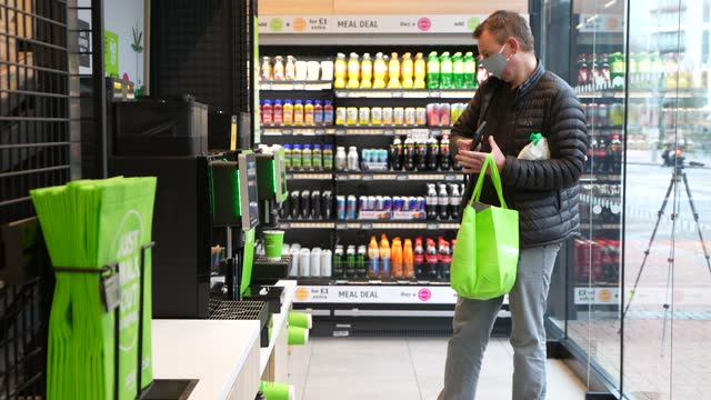 general view of shoppers inside the amazon fresh store on march 4, 2021 in the ealing area of london, england. shoppers at the amazon fresh store,... - shop stock videos & royalty-free footage