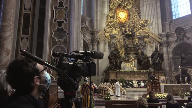 general view of the atmosphere as pope francis presides over mass on easter sunday morning in st. peter's basilica at the altar of the chair on april... - live broadcast stock videos & royalty-free footage