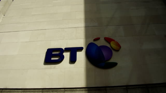 vídeos y material grabado en eventos de stock de a general view of the bt head office on may 10 2018 in london england bt is cutting 13000 management jobs over three years but hiring 6000 employees... - vista general