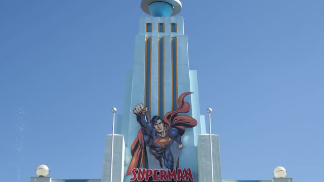 general view of the entrance of the attraction 'superman attraction of steel' at parque warner madrid on july 30, 2021 in san martin de la vega,... - superman superhero stock videos & royalty-free footage