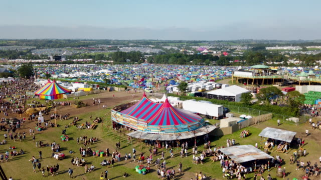 general view of the festival site during day one of glastonbury festival at worthy farm pilton on june 26 2019 in glastonbury england the festival... - general view stock videos and b-roll footage