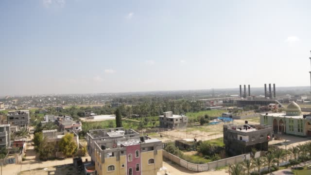 vídeos y material grabado en eventos de stock de general view of the power plant that generates electricity in the central gaza strip, 19 june 2017. israeli prime minister benjamin netanyahu said he... - vista general