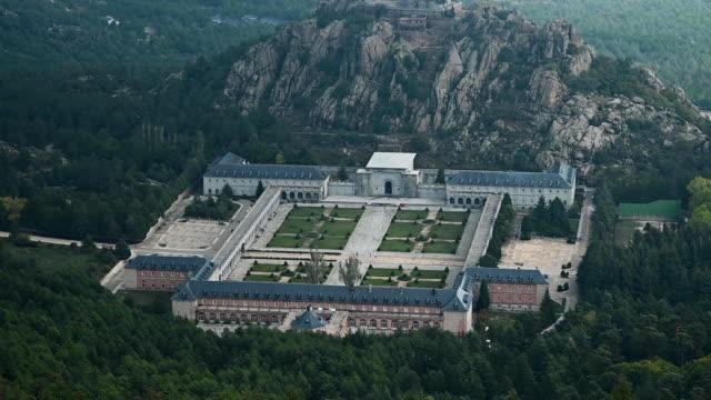 stockvideo's en b-roll-footage met general view of the valle de los caidos mausoleum in san lorenzo del escorial during the exhumation of spanish dictator francisco franco on october... - pardo