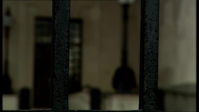 general views mi5 headquarters thames house - イギリス情報局保安部点の映像素材/bロール