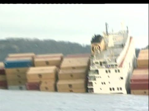 vídeos de stock, filmes e b-roll de general views of abandoned msc napoli cargo ship listing in english channel england english channel off coast of devon near sidmouth ext various of... - estreito descrição geral