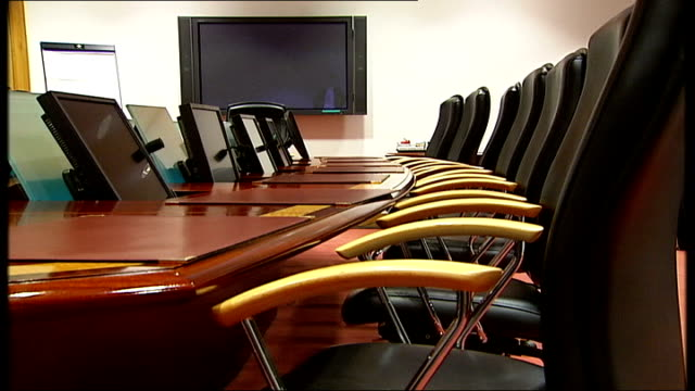 Clock Conference Room Videos And BRoll Footage Getty Images - England conference table