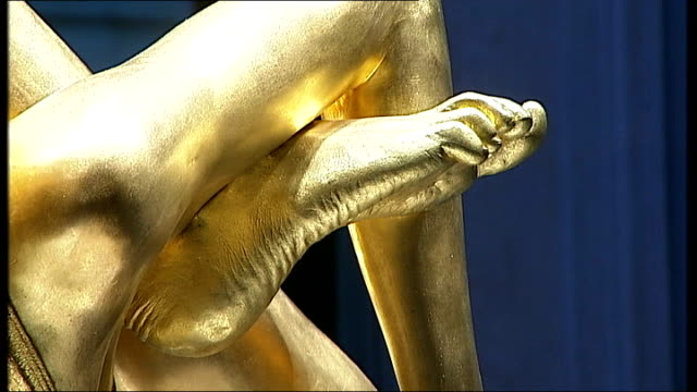 general views of gold statue of kate moss by sculptor marc quinn more of sculpture 'siren' - statue stock videos & royalty-free footage