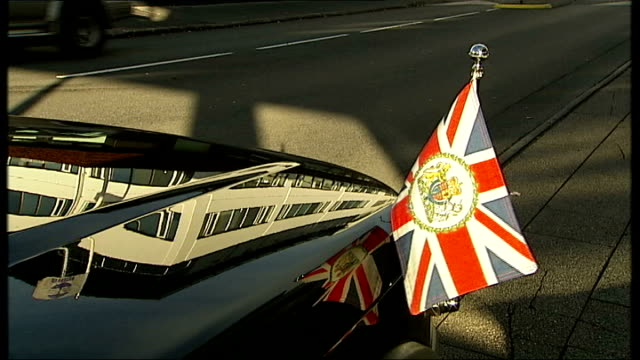 general views of icelandic foreign ministry; iceland: reykjavik: ext various shots of small british consular flag on car and sign outside icelandic... - land rover stock videos & royalty-free footage