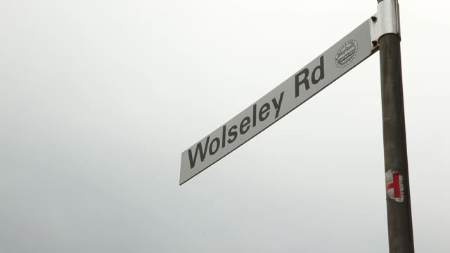 general views of luxury homes in point piper, sydney, australia, on tuesday, mar. 10 road sign for wolseley road, pan l-r of 2 storey house by a... - waterfront stock videos & royalty-free footage