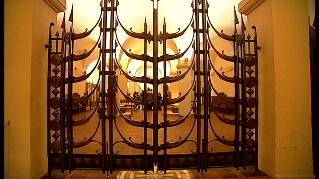 general views of st paul's cathedral schoolchildren inside crypt - crypt stock videos and b-roll footage