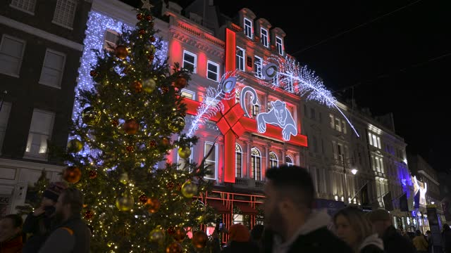 december 12: general views of the cartier store and it's christmas decorations in new bond street on december 12, 2020 in london, england - public celebratory event stock videos & royalty-free footage