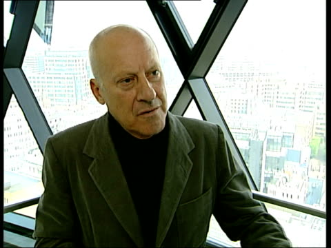 general views of the gherkin building; lord foster interview sot - shape of building is unusual / looks round frommoutside but inside you can see... - vorkammer stock-videos und b-roll-filmmaterial