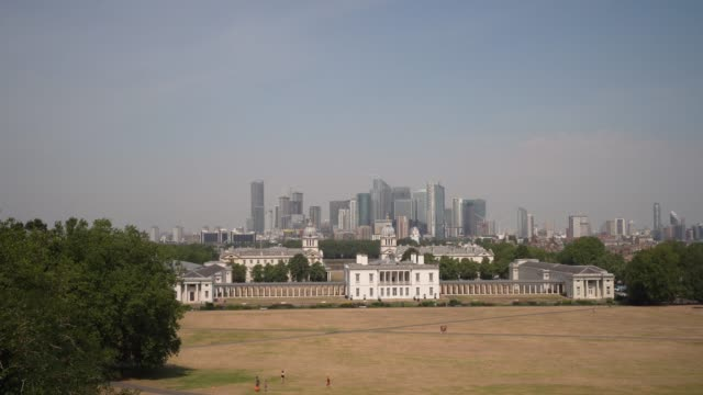 steadicam general views of the london financial skyline canary wharf and queen's house in greenwich park on august 10 2020 in london england - business finance and industry stock videos & royalty-free footage