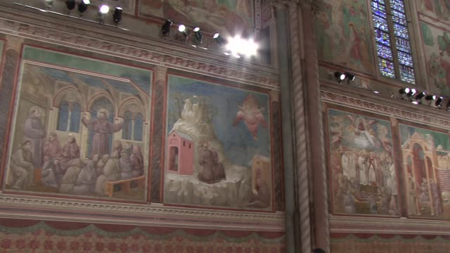 broll general views of the upper church in assisi on october 04 2013 in assisi italy - ウンブリア州点の映像素材/bロール