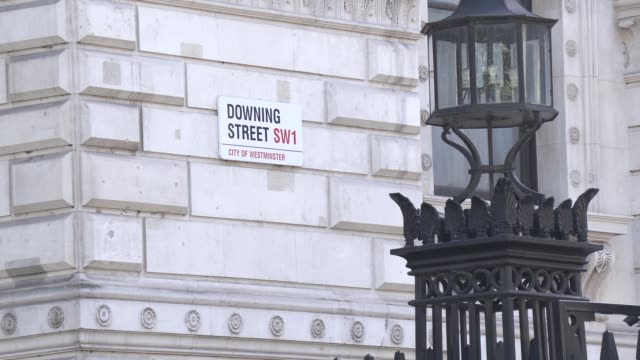 general views outside downing street as britains new prime minister arrives in downing street on july 24 2019 in london england - minister stock-videos und b-roll-filmmaterial