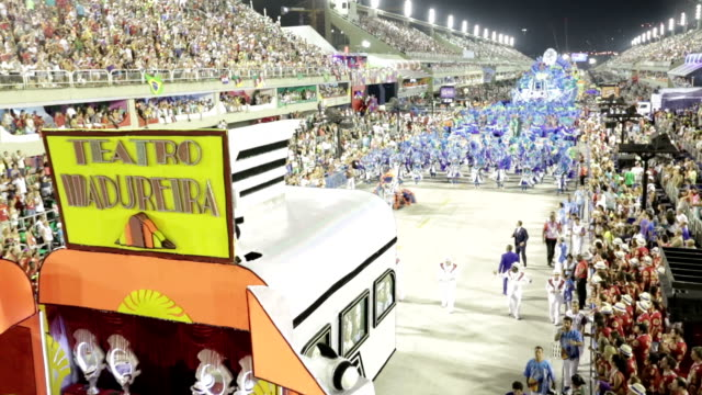 general views rio carnival parade 2013 - リオデジャネイロ点の映像素材/bロール