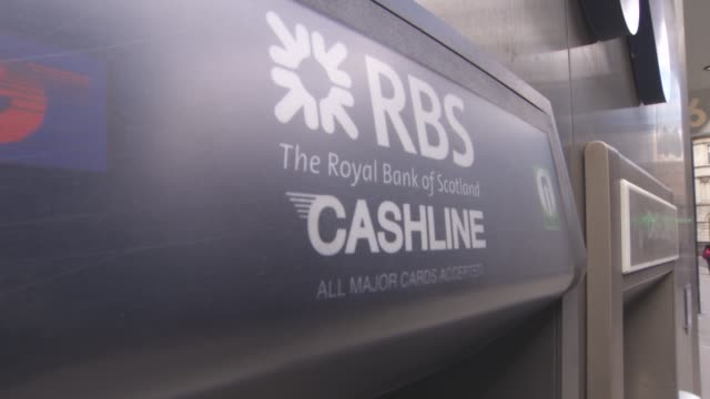 general views - the royal bank of scotland cash point at london banks on september 25, 2015 in london, england. - documentary footage stock videos & royalty-free footage