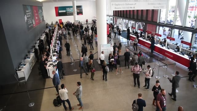 generic footage of attendees at the oracle openworld 2017 conference in san francisco california us on monday oct 2 2017 photographer david paul... - oracle corporation stock-videos und b-roll-filmmaterial