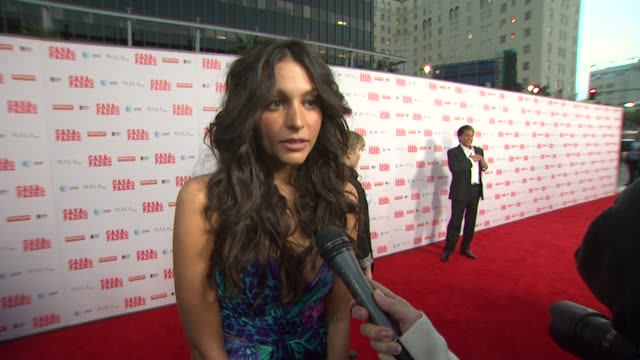 stockvideo's en b-roll-footage met genesis rodriguez on will's spanish, on getting through filming the scenes in this movie, on her favorite scenes at casa de mi padre los angeles... - padre