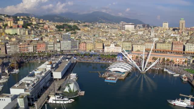 genova in italia - porto marittimo video stock e b–roll