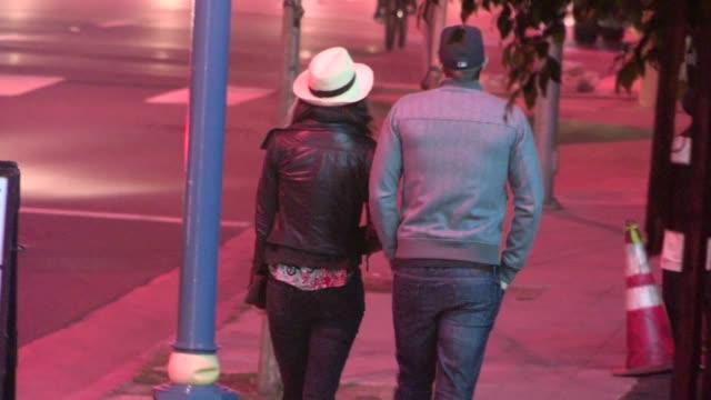 geoff stults in west hollywood 04/14/12 - ジェフ スタルツ点の映像素材/bロール