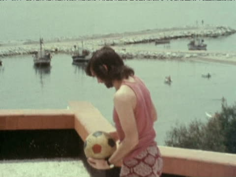 george best shows off his ball skills having announced retirement from football 1972 - bbc archive stock-videos und b-roll-filmmaterial