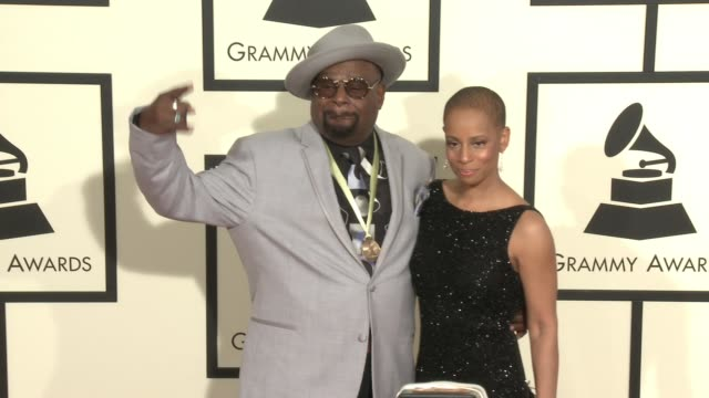 stockvideo's en b-roll-footage met george clinton at 58th annual grammy awards® arrivals at staples center on february 15 2016 in los angeles california - 58e grammy awards