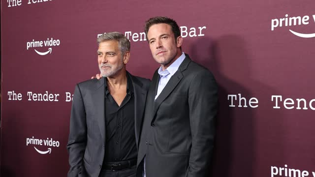 """george clooney and ben affleck attend amazon studios presents los angeles premiere of """"the tender bar"""" at dga theater complex on october 03, 2021 in... - アメリカ監督組合点の映像素材/bロール"""