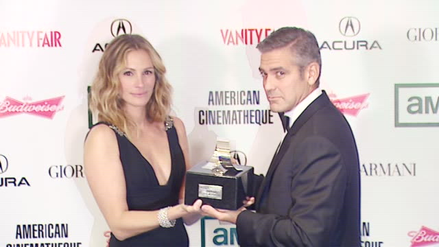 george clooney and julia roberts at the 2006 annual american cinematheque awards honoring george clooney at the beverly hilton in beverly hills,... - american cinematheque stock-videos und b-roll-filmmaterial