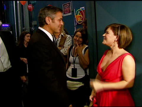 george clooney and kelly clarkson at the singers and songs celebration of tony bennetts 80th birthday by raising funds for newman�s hole in the wall... - 2006 stock videos & royalty-free footage