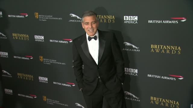 george clooney at 2013 bafta los angeles jaguar britannia awards presented by bbc america in beverly hills, ca, on . - ジョージ・クルーニー点の映像素材/bロール