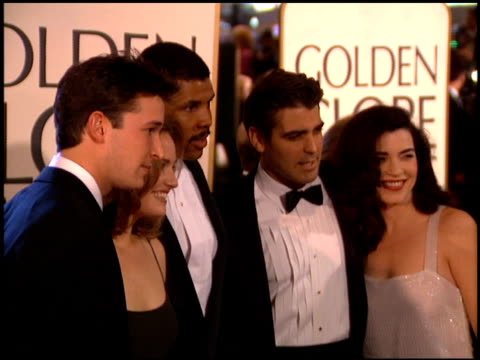 george clooney at the 1995 golden globe awards at the beverly hilton in beverly hills, california on january 21, 1995. - ジョージ・クルーニー点の映像素材/bロール