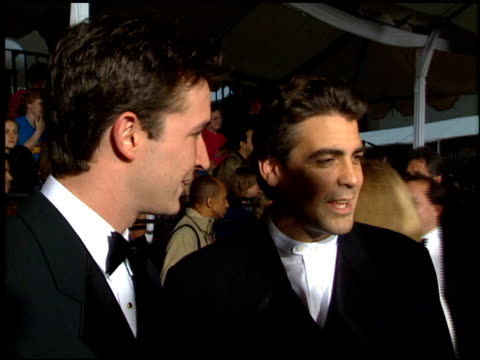 george clooney at the 1995 people's choice awards at universal studios in universal city, california on march 5, 1995. - ジョージ・クルーニー点の映像素材/bロール