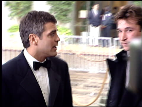 vidéos et rushes de george clooney at the 1996 golden globe awards at the beverly hilton in beverly hills, california on january 21, 1996. - 1996