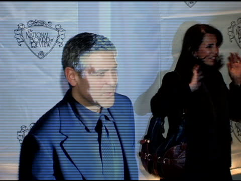 george clooney at the 2005 national board of review of motion pictures awards ceremony at tavern on the green in new york new york on january 10 2006 - tavern on the green stock videos & royalty-free footage