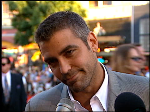 george clooney at the 'lethal weapon 4' premiere at grauman's chinese theatre in hollywood california on july 7 1998 - 1998 stock videos & royalty-free footage