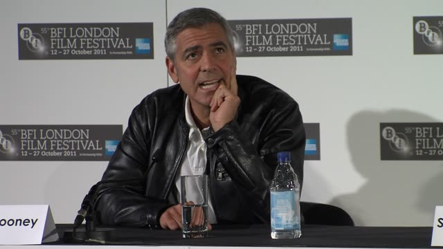 george clooney on his early career, doing batman, what he looks for when choosing a film at the the descendants press conference at london england. - ジョージ・クルーニー点の映像素材/bロール