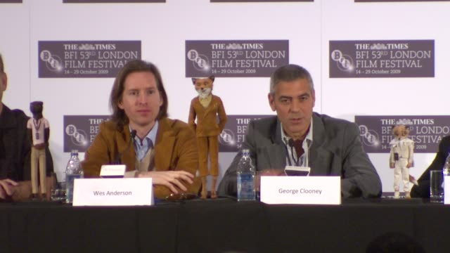george clooney on only showing up for the paycheck on the book on working with wes anderson and on how the whole process was exciting for him at the... - gehaltsstreifen stock-videos und b-roll-filmmaterial
