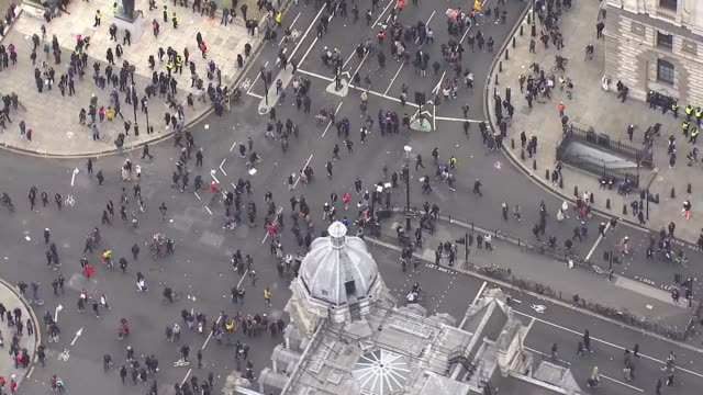 london protest aerials england london black lives matter protesters in parliament square / demonstrators sitting on ground / sat in window frames of... - circle stock videos & royalty-free footage