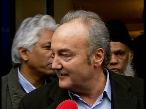 vídeos y material grabado en eventos de stock de george galloway defends his 'celebrity big brother' appearance; george galloway mp interviewed sot - well i'd rather be a cat than a poodle - big brother